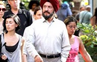 Ben Kingsley Plays a Sikh Cabbie!