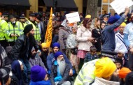 Why sikhs took to streets in london ?